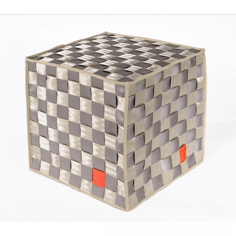 Quadrat | Sitzkissen aus recycelte Sicherheitsgurten