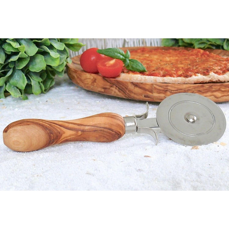Pizzaroller mit Griff aus Olivenholz | Olivenholz erleben