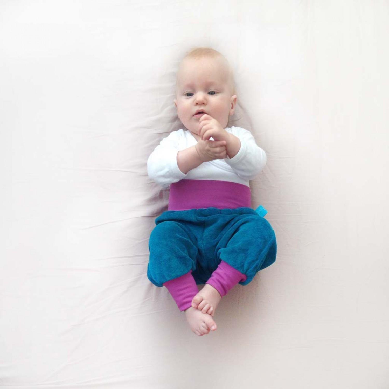 Baby Bio-Nicki Gemütlichkeitshose Petrol/Flieder | bingabonga