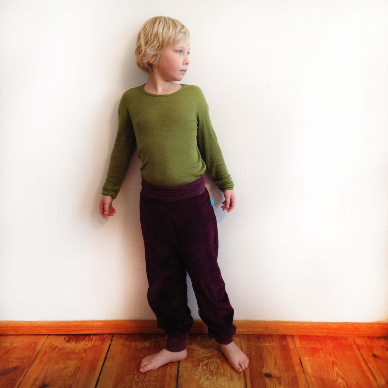 Kinder Gemütlichkeitshose Bio Nicki Aubergine | bingabonga