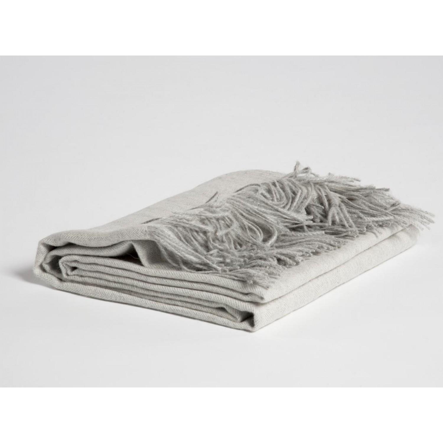 Alpaka Plaid Soft Grey