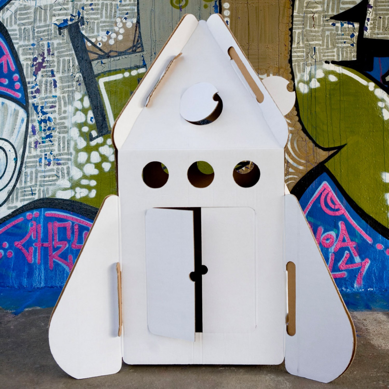 ROCKET – Rakete als Papphaus