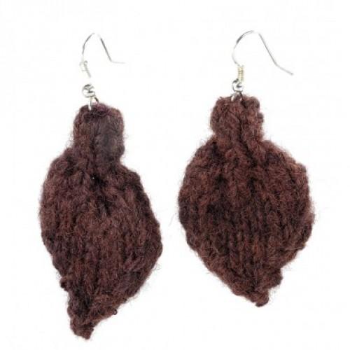 Öko Ohrringe aus brauner Wolle