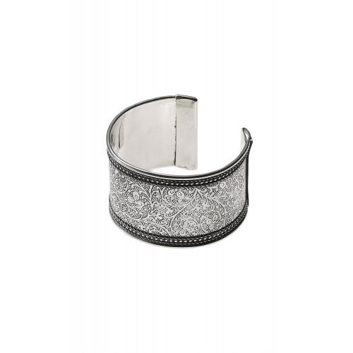 engraved silver de
