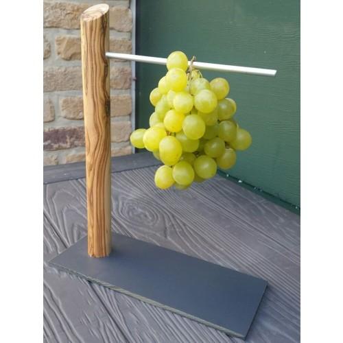 Weintraubenhalter aus Olivenholz - Öko Tischaccessoire | D.O.M.