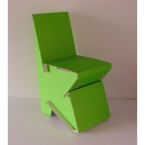 Pauls Pappstuhl – Kinderstuhl aus Recycling Wellpappe