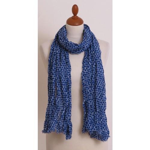 Blau-Weiß Bio Schal mit Sechseck-Muster und kurzen Fransen