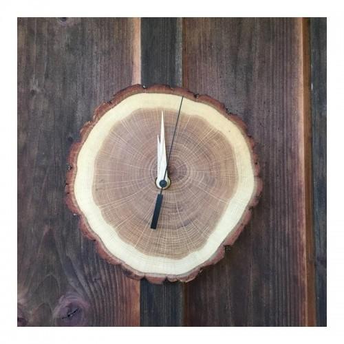 Eichenholz Wanduhr mit Sekundenzeiger | Echtholz