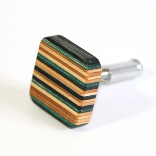 Grün-schwarz Möbelknopf aus Skateboard-Holz | Restwert