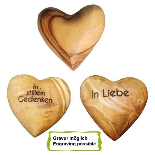 Herz aus Olivenholz mit Gravur zum Gedenken » D.O.M.