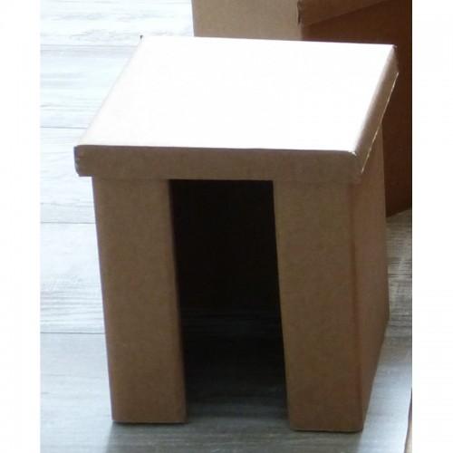 Papphocker – Beistelltisch aus Recycling Pappe