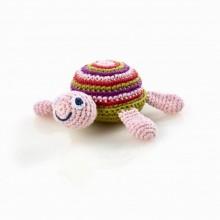 Pebble Rassel – Schildkröte pink aus Baumwolle