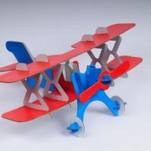 Flugzeug zum Basteln aus umweltfreundlicher Pappe