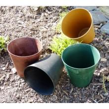 Blumentopf aus Wiesengras und Recycling-Kunststoff in Marmoroptik