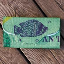 Upcycling Geldbörse fair.geben – grüner Fisch