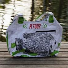 fair.spielt Upcycling Shopper – weißer Fisch