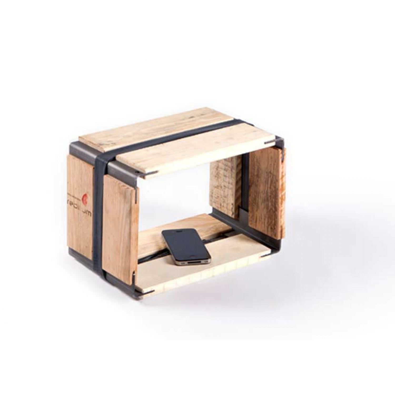 Upcycled pallets shelf MOVEO. VIA 20.30 | reditum