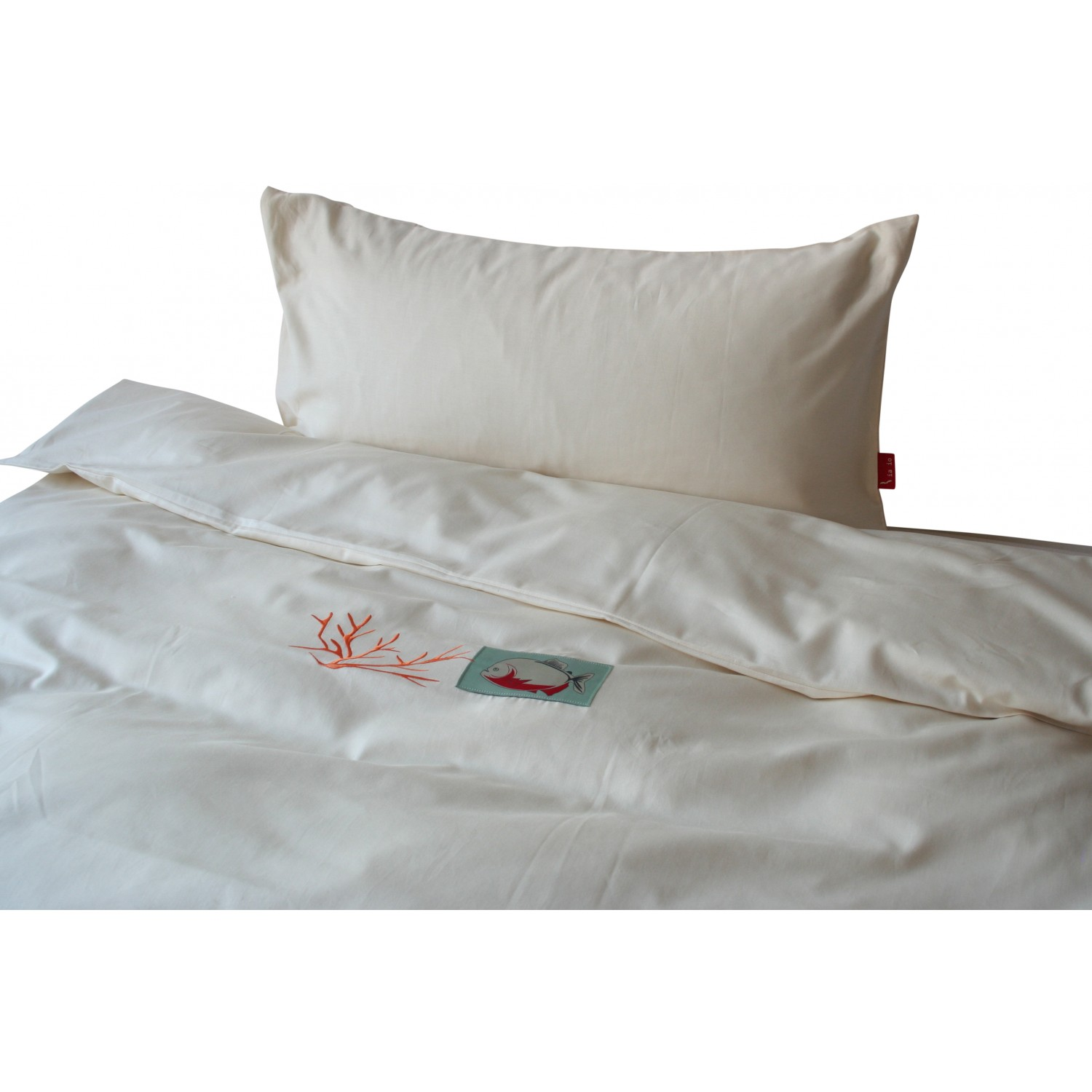 Organic Cotton Bedding with Piranha and Coral | iaio