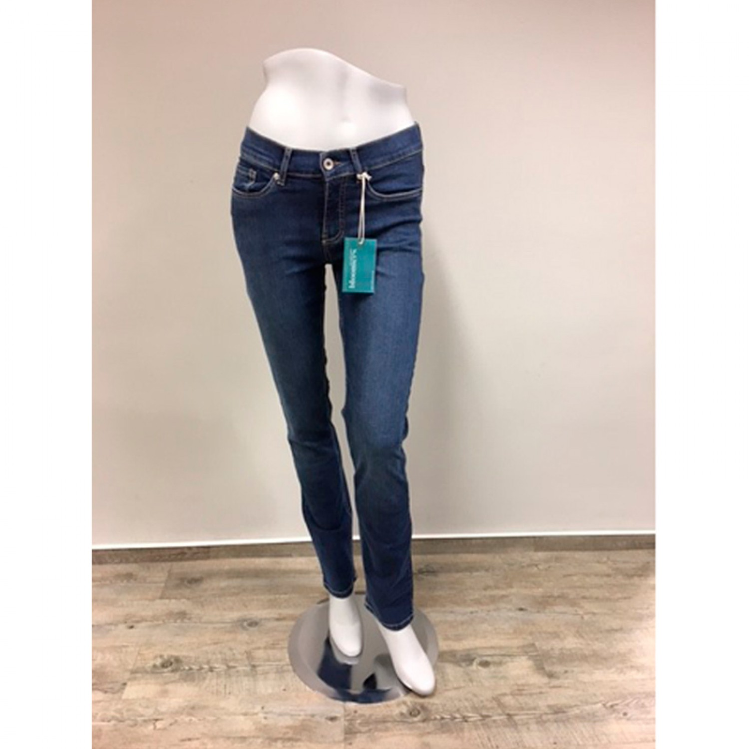 64e8dc4aa49c7f Straight-Cut Eco Women Jeans Blue with stretch waistband