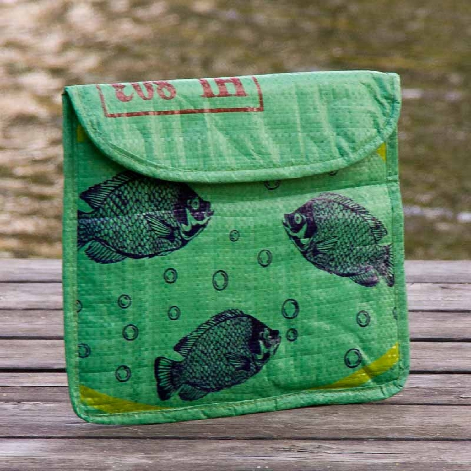 """Green Fish upcycled iPad slipcase """"fair.wischt"""" 