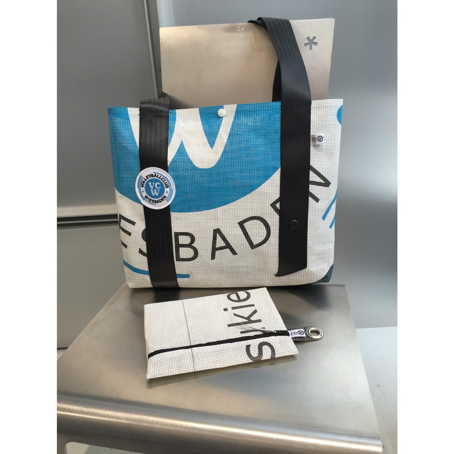 VCW Fanbag - upcycled bag of recycled banners | rething
