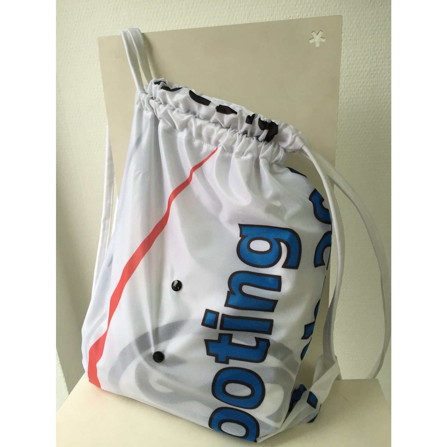 Sporty Lily: upcycled gym bag of bow flags | reTHING