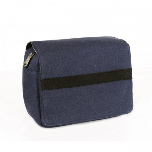 Todd: Upcycling cosmetic bag | toilet bag of recycled canvas