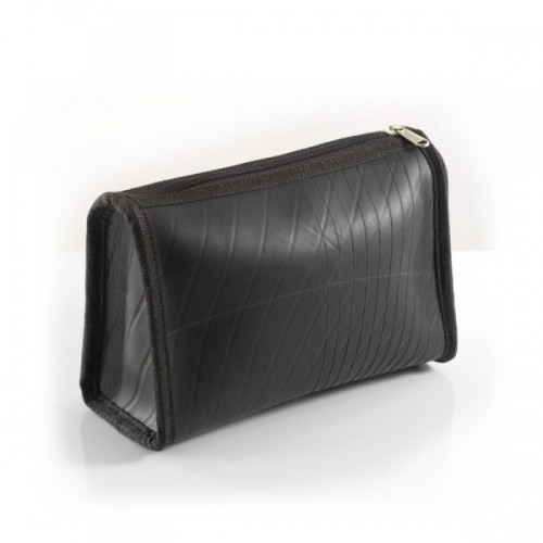 Sham clutch in recycled inner tube | toilet bag