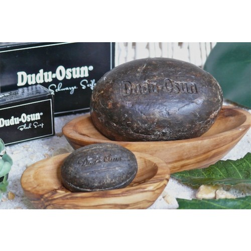 Olive Wood Soap Dish with DUDU-OSUN® black Soap | Olivenholz erleben