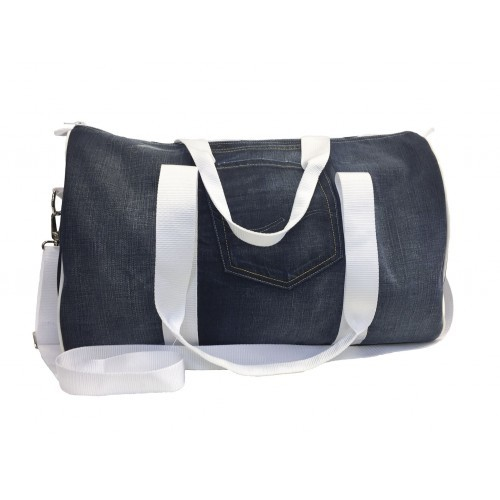 Recycled Weekend Bag Juutinrauma | Globe Hope