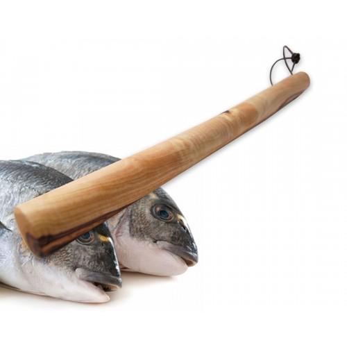 Blunt Instrument of olive wood for stunning the fish | Olivenholz erleben