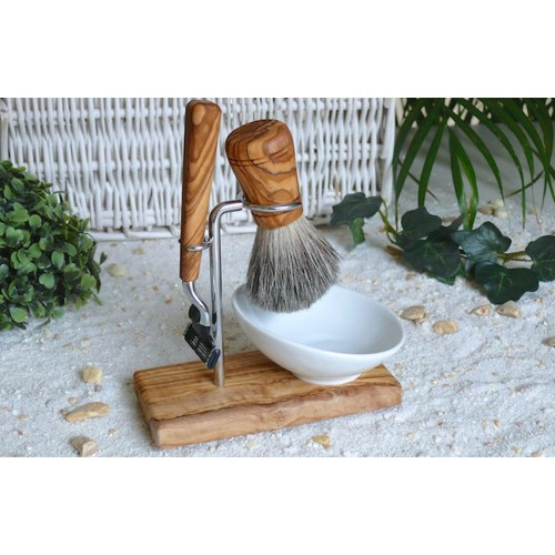 Shaving Set CLASSIC PLUS of olive wood Wet Razor Gillette Mach3