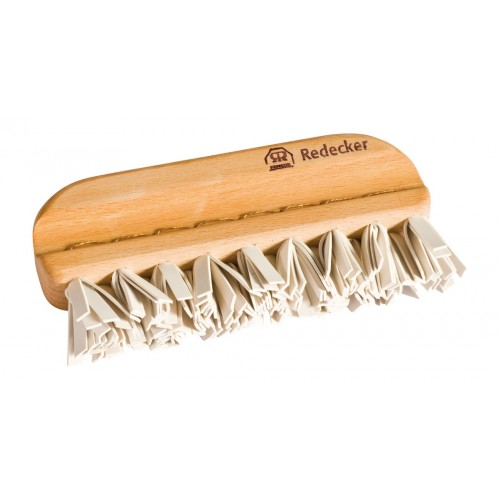 Sustainable Lint Brush - beech wood & rubber | Redecker