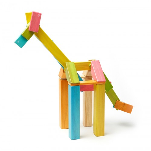 42-pieces colored magnetic wooden building blocks | tegu