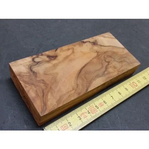 Raw Olive Wood Block 120 x 55 x 18 mm » D.O.M.