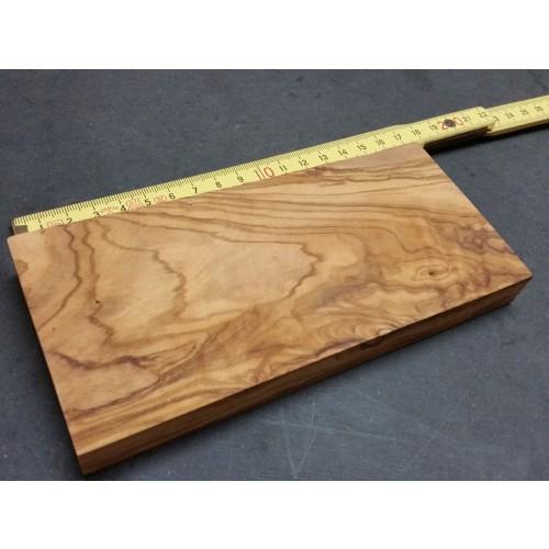 Raw Olive Wood Block 170 x 80 x 18 mm » D.O.M.