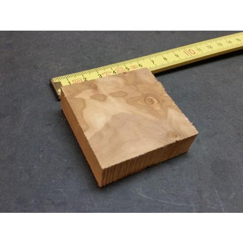 Raw Olive Wood Block 55 x 55 x 18 mm » D.O.M.