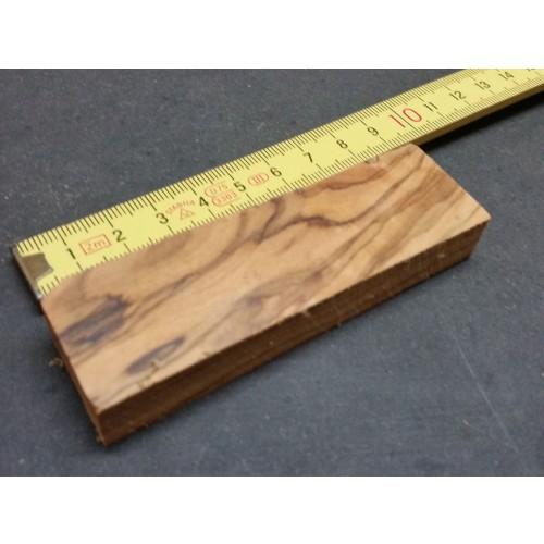 Raw Olive Wood Block 90 x 28 x 10 mm » D.O.M.