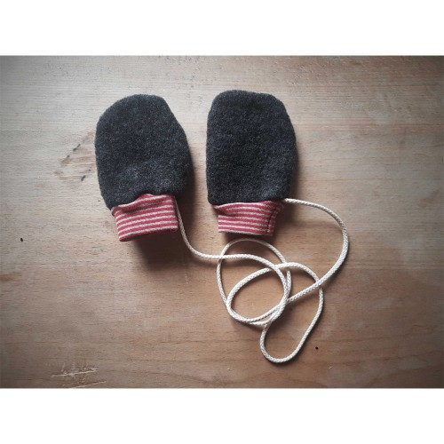 Baby Mittens anthracite Organic Wool Fleece with striped cuffs | Ulalue