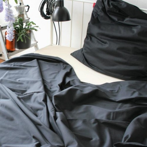 Pure Black Bedsheet of Organic Cotton | ia io