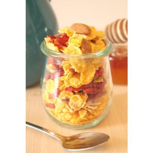 Bio-Cornflakes mit Gojibeeren und Mandeln