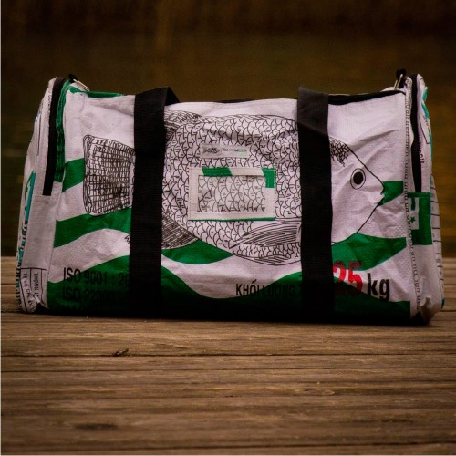 White fish - upcycled travel bag & sports bag | Milchmeer ecobags