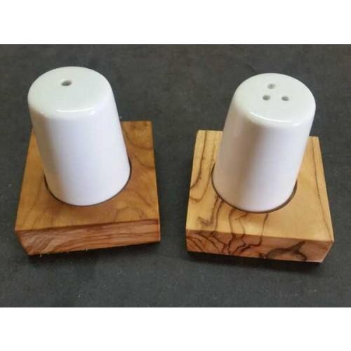 Porcelain Salt & Pepper Shaker Set on Olive Wood Base » D.O.M.