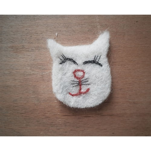 White Cat Sew on Patch Wool Felt | Ulalue