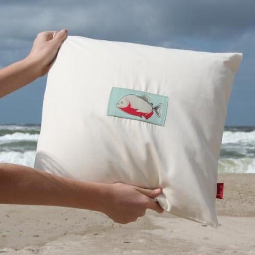 Organic cotton satin Pillowslip Piranha 40x40 cm | ia io