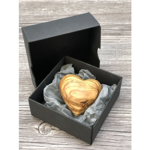 Gift Box Little Heart made of Olive Wood » D.O.M.