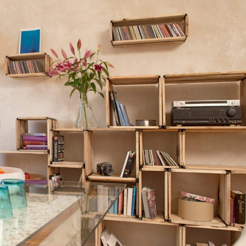 moveo. VIA 20.XX upcycled shelving system of wood | reditum