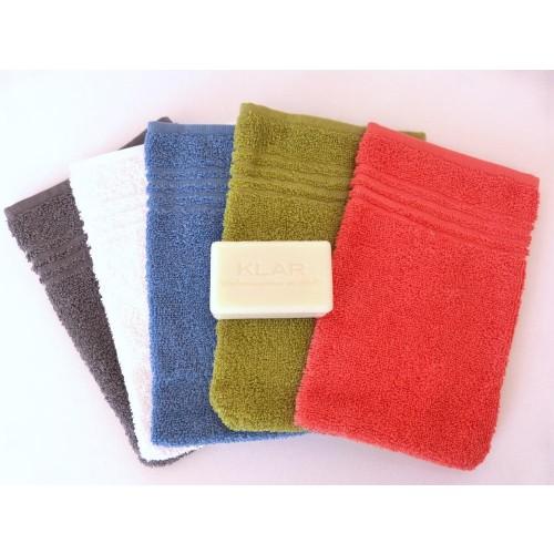 Body Care Gift Set - Fair Trade Cotton Face Cloth & vegan Curd Soap