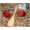 Wooden spatula curved, made of untreated beech wood