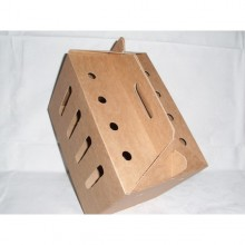 Pet carrier made of recyclable cardboard